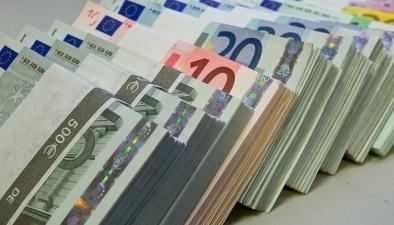 Правительство утвердило внеочередное повышение базовой части пенсии на 20 евро