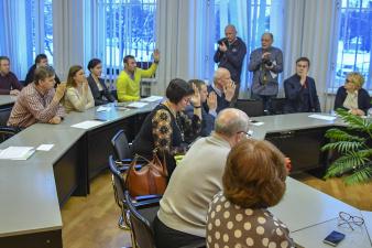 Место Александра Ефимова в городском собрании Нарвы займет Светлана Лешихина
