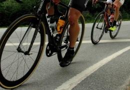 """Полиция: велосипедисты тоже должны соблюдать правило """"2+2"""""""