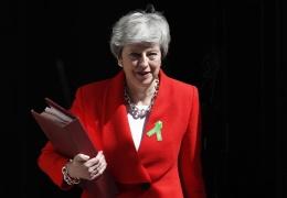 Мэй согласна на голосование в парламенте о референдуме по брекситу