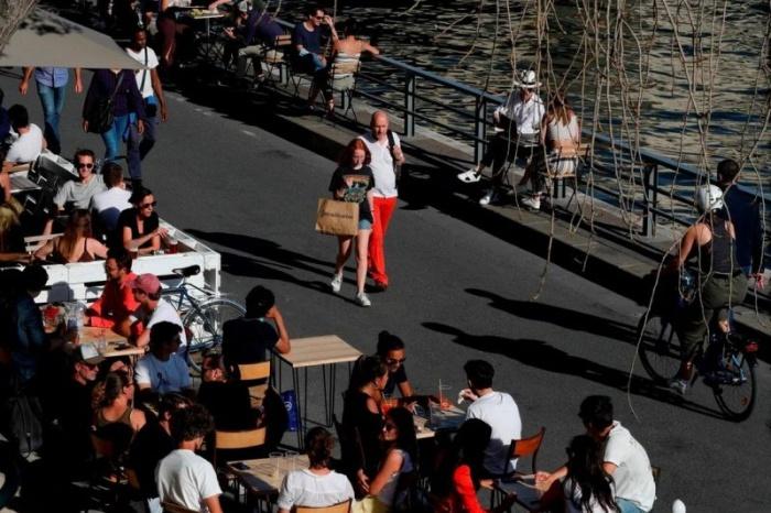 Париж запускает свой пляжный сезон 2020, приспосабливаясь к условиям коронавируса