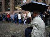В столкновениях полиции и демонстрантов в Каталонии пострадали свыше 400 человек