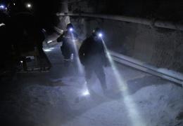 """ЧП на шахте """"Есаульская"""": спасатели добрались до заблокированных горняков"""