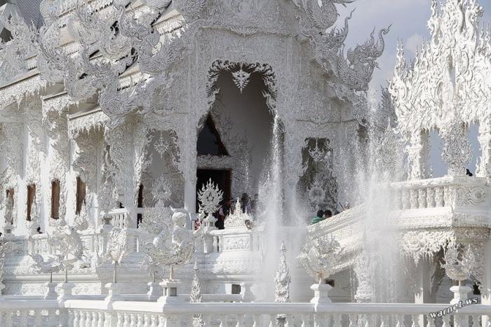 Ват Ронг Кхун – Белый храм Таиланда