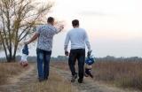 С папами на прогулке
