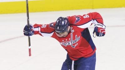 Александр Овечкин первым из российских хоккеистов преодолел рубеж в 500 заброшенных шайб в НХЛ