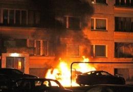 В Нарве сожгли очередной автомобиль