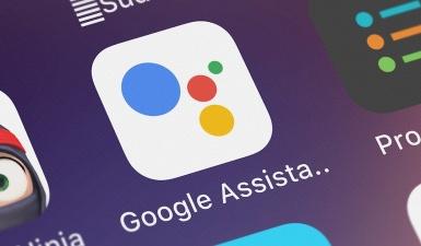 Теперь каждый смартфон с Google Assistant становится карманным переводчиком