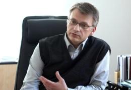 Суд обязал Нарву выплатить бывшему директору школы Геннадию Быкову около 15 000 евро