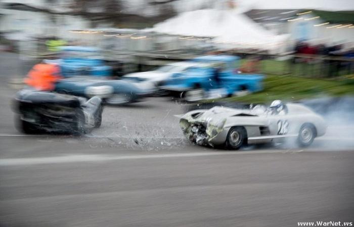 В Великобритании столкнулись два раритетных спорткара суммарной стоимостью в 5 млн фунтов стерлингов