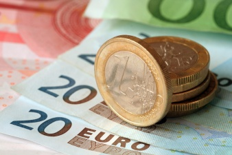 Нарвские депутаты час бились за 26 евро, победила оппозиция