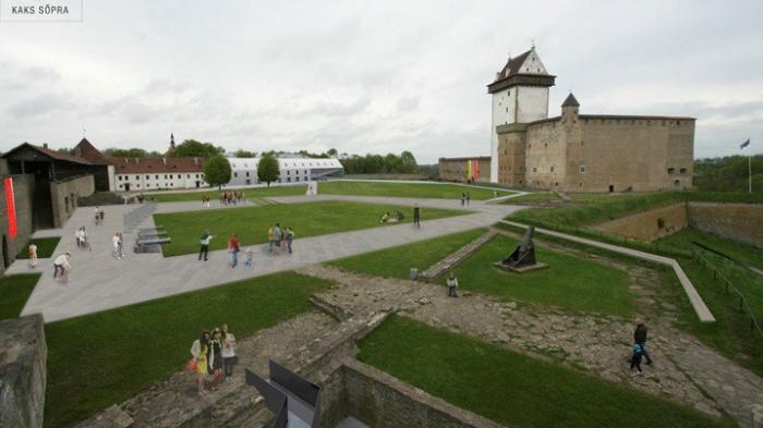 В Нарве собрано более 500 подписей против осовременивания замка