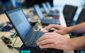 Устаревшие операционные системы могут заблокировать ID-карту