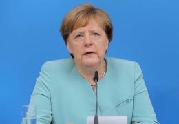 Меркель призвала не допустить дальнейшего распада ЕС