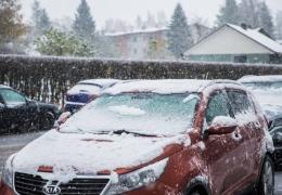 Автомобилисты в Эстонии оказались не готовы к первому снегу