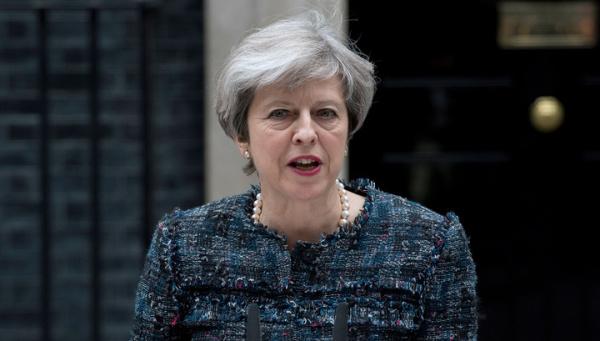 В Британии предвыборная кампания приостановлена из-за теракта в Манчестере