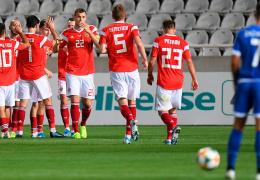 Российские футболисты досрочно обеспечили себе путевку на Евро-2020, Черчесов уже планирует выиграть чемпионат Европы