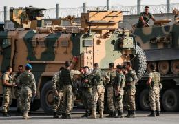Песков: США бросили курдов под каток турецкой армии