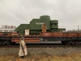 """ФОТО: бронепоезд №7 """"Wabadus"""" прибыл в Нарву"""