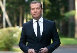 Путин предложил Госдуме переназначить Медведева главой правительства