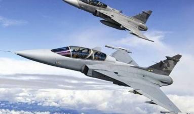 Истребители НАТО трижды сопровождали военные самолеты РФ