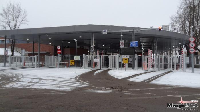 Департамент: в период праздников советуем заранее бронировать время пересечения эстонско-российской границы