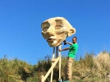 Гигантские деревянные скульптуры Томаса Дамбо