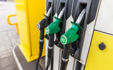Продавцы топлива: этим летом стоимость литра бензина может достичь рекордной отметки