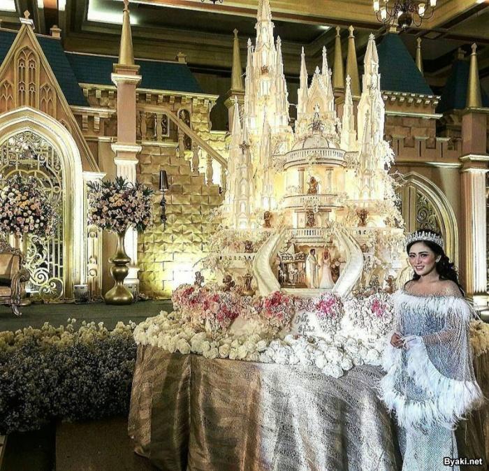 Эпические свадебные торты от мастеров семейной пекарни