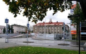 Власти Йыхви готовы новым учителям платить пособие в размере 2500 евро