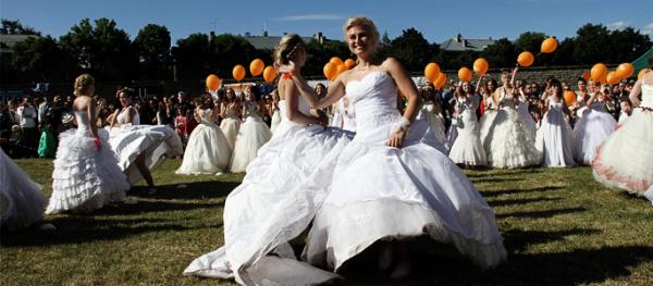 Дневник акции. Танец невест