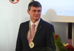 Мэр Нарвы в ответ Минсоцдел: строить дом попечения среди школ и детсадов нецелесообразно