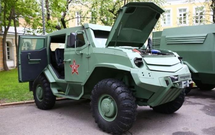 Новые российские броневики футуристического вида