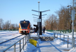 Elron: пассажиры недовольны переполненными поездами