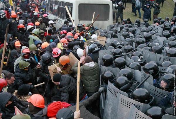 Оппозиция Украины раскололась надвое