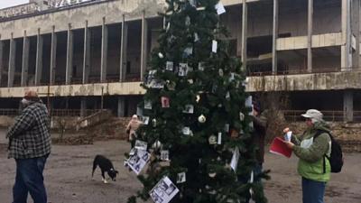 Впервые после аварии на Чернобыльской АЭС в Припяти установили новогоднюю елку