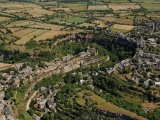 Французский городок над «дырой»