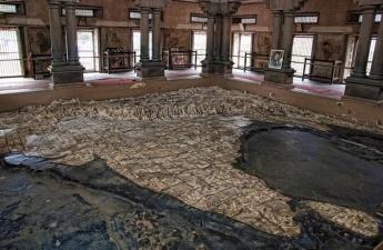 Храм Бхарат Мата в Индии, в котором вместо божества ― карта