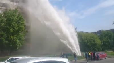 Прорыв трубы в Барнауле (20 мая, 2016)