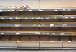 Продажи продуктов в магазинах выросли до предрождественского уровня