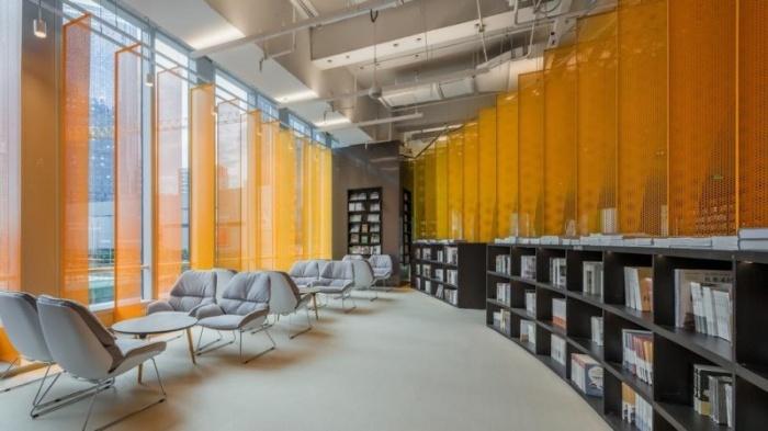 Книжный магазин будущего с фантастическим дизайном