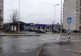 В Нарве ночью на пешеходном переходе сбили мужчину