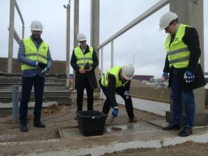 В среду в Нарве заложили краеугольный камень нового завода по производству красок