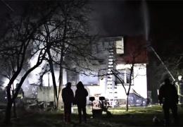в нарвской Венеции произошел пожар, сгорел один дом