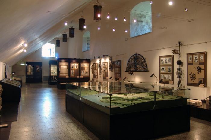Министр культуры Индрек Саар пригрозил нарвским властям закрытием музея