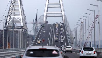 На Крымском мосту зафиксирован рекордный трафик