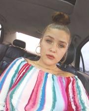 Девушку выгнали из торгового центра за слишком короткие шорты