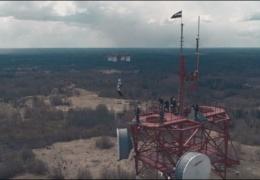 В Латвии парашютист впервые в мире совершил прыжок с дрона