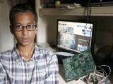 В США полиция арестовала подростка из-за самодельных часов, которые приняли за бомбу