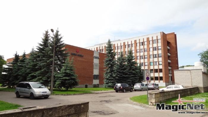 В Нарве устроивший ДТП водитель покинул место аварии